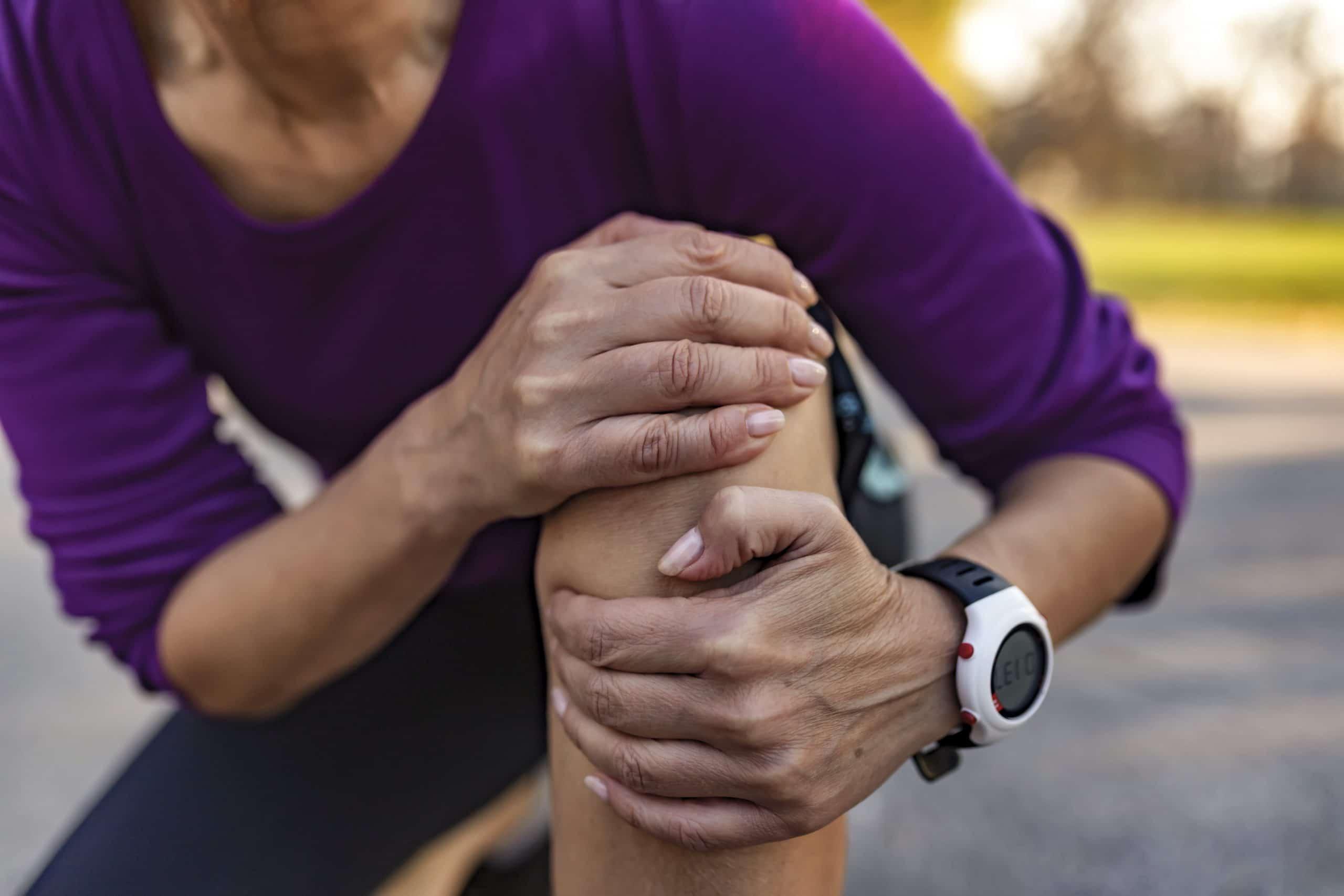 Kuidas eemaldada valu liigestes osteokondroosi ajal Tugev valu olaliigese parast insuldi