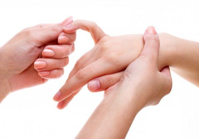 Harjade vaikeste liigeste artroos