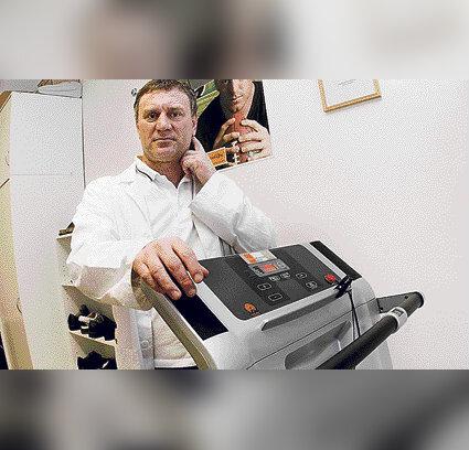 Valutab liitu reide ajal kondides Romit toetab kasitsi ravi